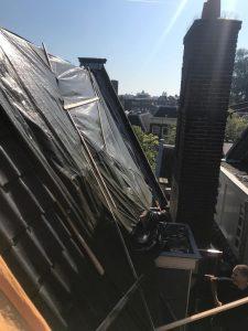 Schade aan dak door storm